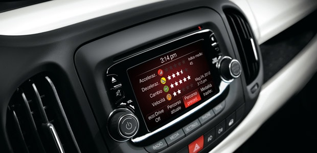 Fiat 500L uconnect radio